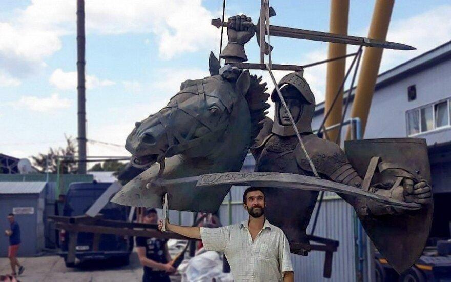 Ukrainoje nulieta Vyčio skulptūra jau pakeliui į Kauną