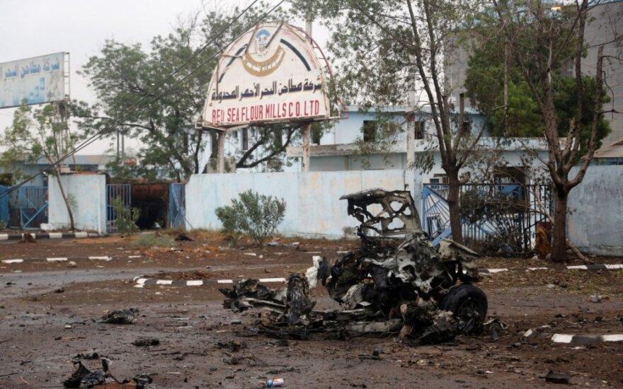 Per arabų šalių koalicijos aviacijos antskrydį Jemene žuvo septyni žmonės