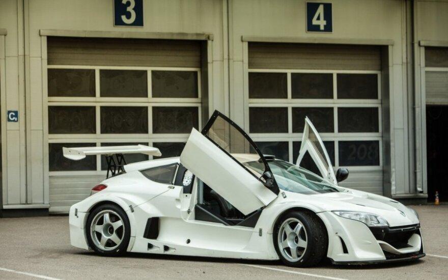 D. Matijošaitis parodė naująjį automobilį