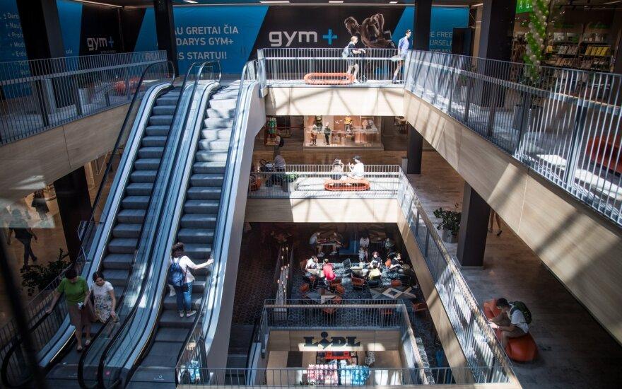 Didiesiems prekybos centrams siūloma nedirbti vasario 16 d.