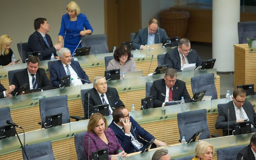 Lithuanian MEPs will risk their seats when running for national parliament