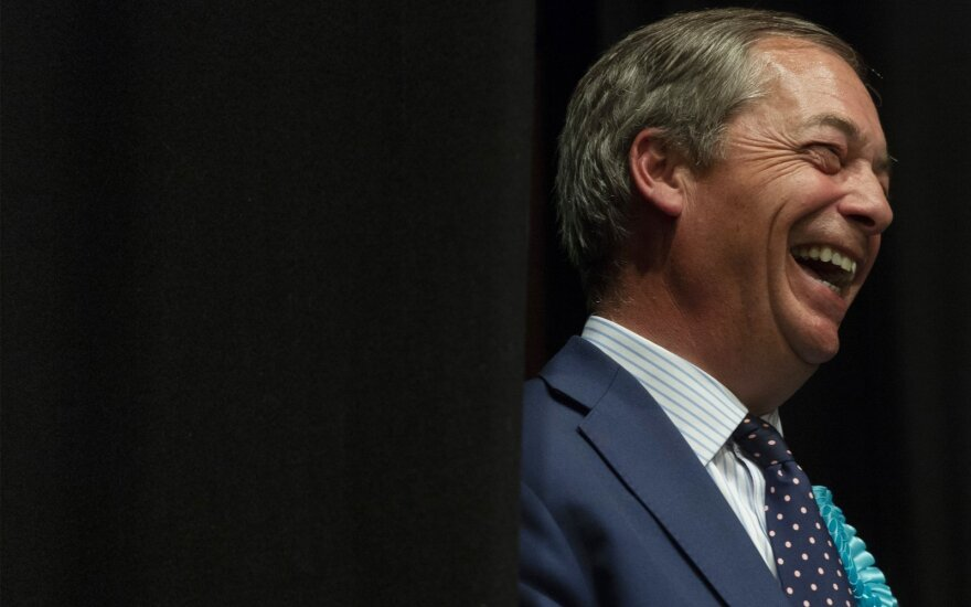 Nigelis Farage'as