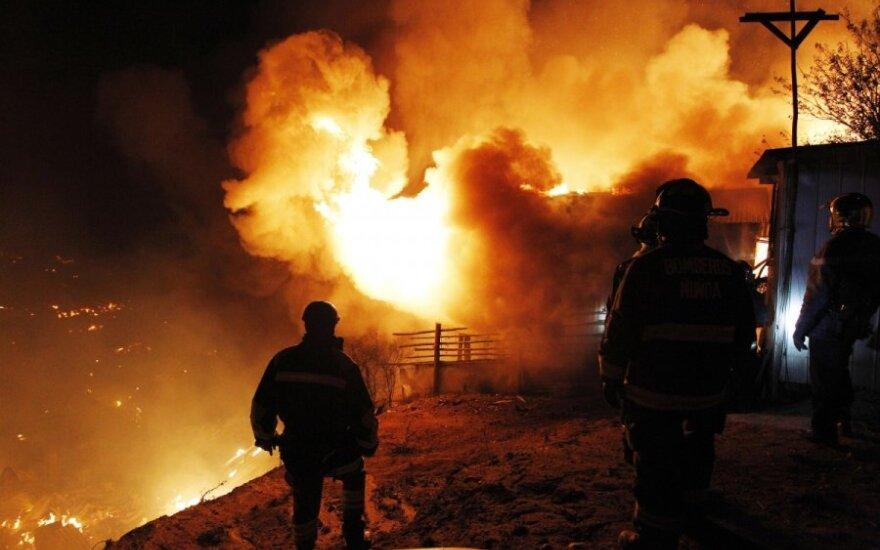 Per gaisrą Čilėje žuvo 12 žmonių