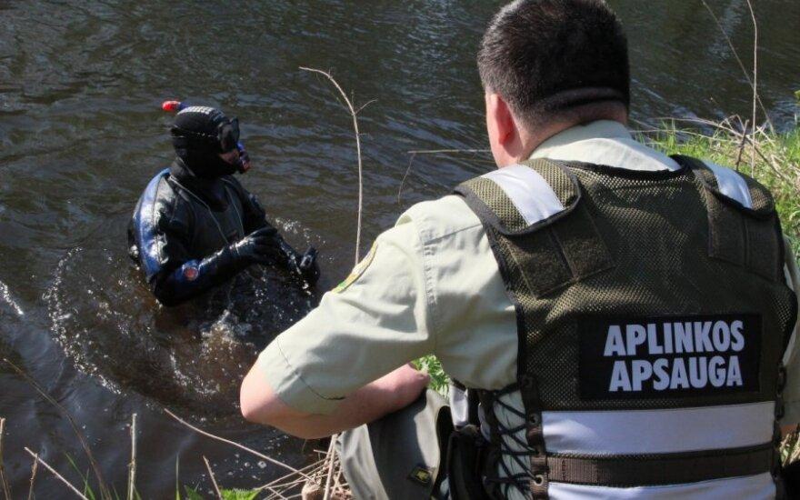 Vilnios upėjė ieškota nuotekų vamzdžių