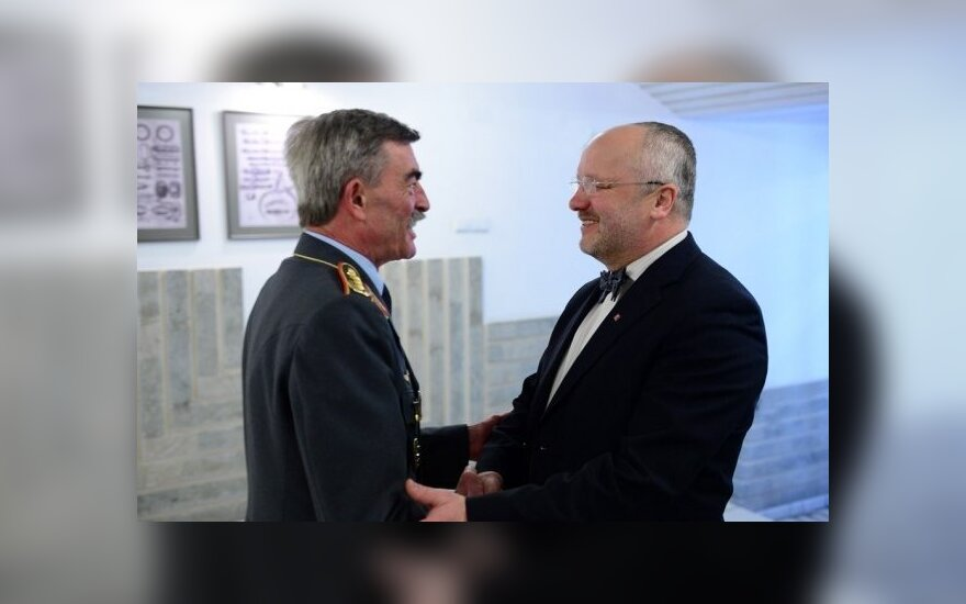 General Hans-Lothar Domrose and Defence Minister Juozas Olekas