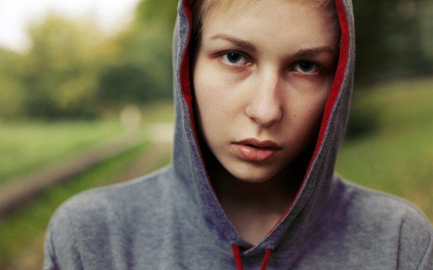 Patarimai, kaip ugdyti kritinį mąstymą paauglystėje