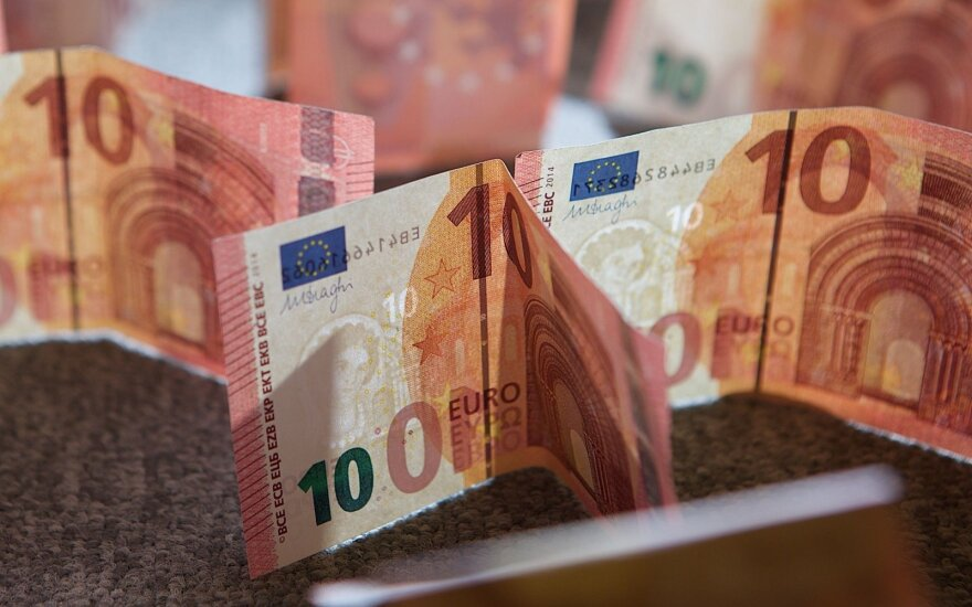 Salary increases to require €120m from Lithuanian budget
