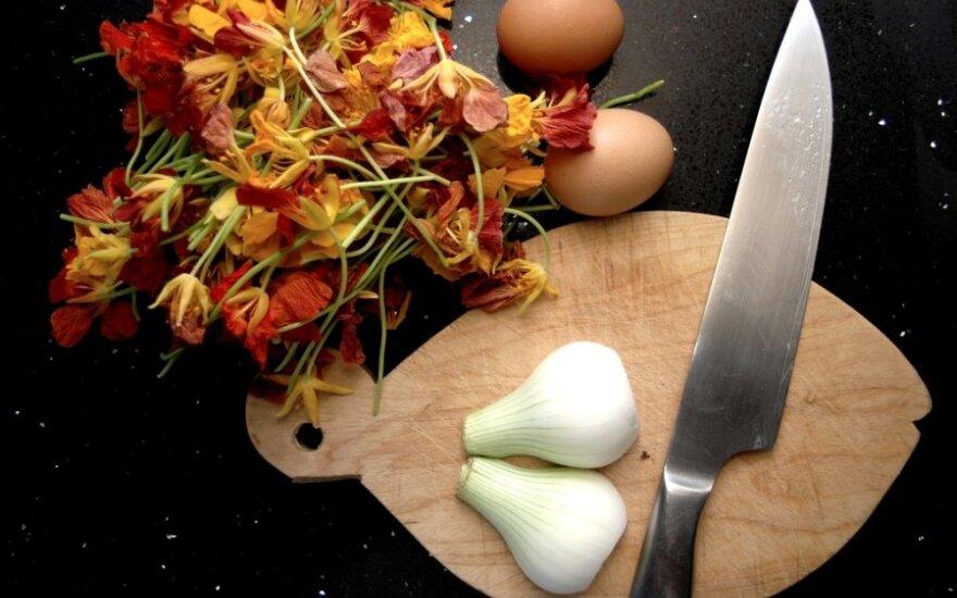 Gėlių omletas / George M. Groutas nuotr.