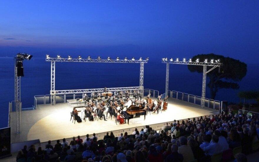 Geriausi šios vasaros koncertai Europoje, kuriuos galite suderinti su atostogomis
