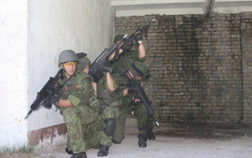 Lithuanian solders on alert