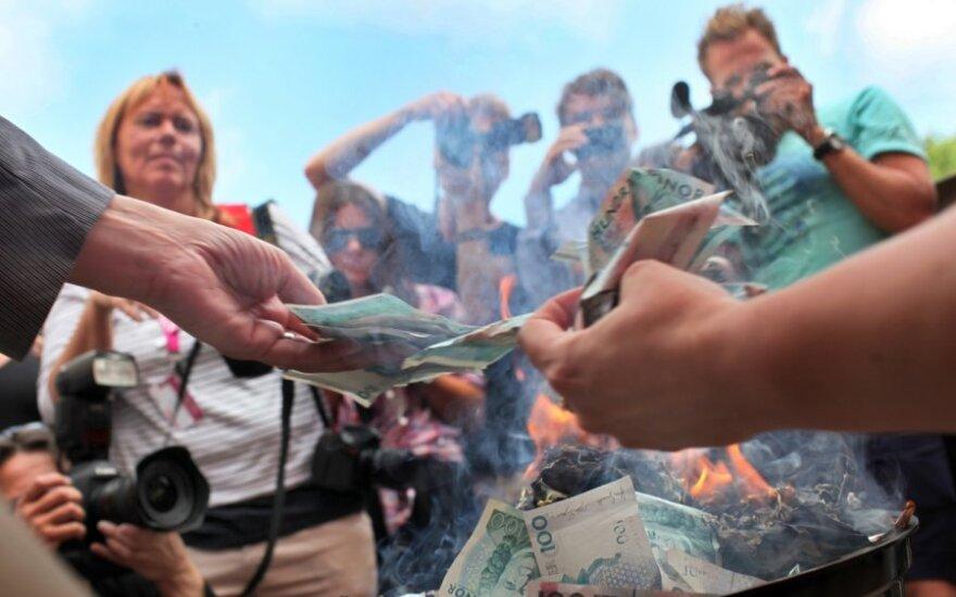 Švedija pretenduoja tapti valstybe be grynųjų pinigų