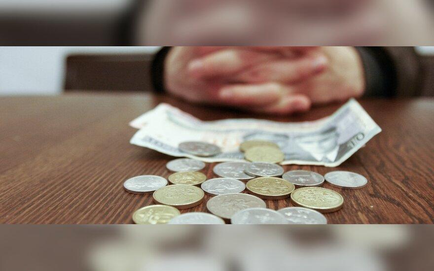Seimas atidėjo minimalios mėnesinės algos didinimo klausimą
