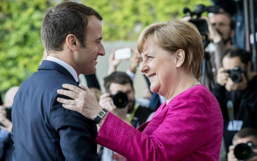 Prancūzija ir Vokietija demonstruoja bendras ambicijas rengdamos bendrą ministrų kabineto posėdį