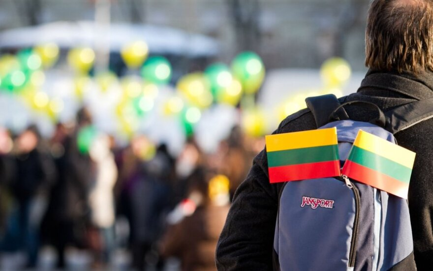 Kodėl DELFI skaitytojai myli Lietuvą?