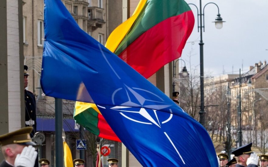 Defence minister signs deal on NATO headquarters in Lithuania