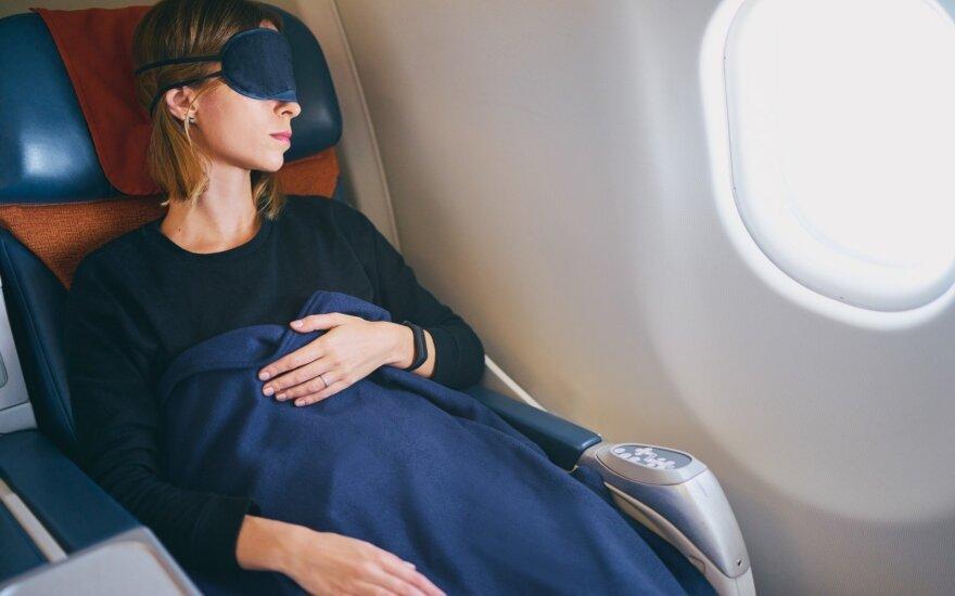 Lėktuvų keleiviams bus įrengtos miegamosios vietos krovinių skyriuje