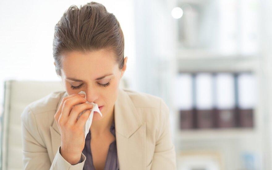 Specialistai pastebi, kad šis rugpjūtis – neįprastas: peršalusių pacientų kur kas daugiau