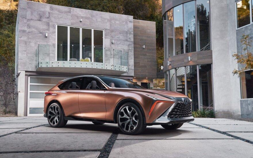 """Lexus LF-1 Limitless concept"""