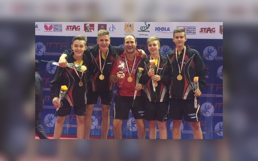 Medardas Stankevičius (antras iš kairės, ITTF nuotr.)