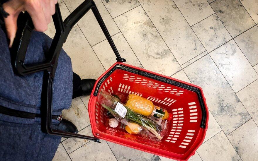 Veryga: pirkėjų srautai parduotuvėse bus reguliuojami