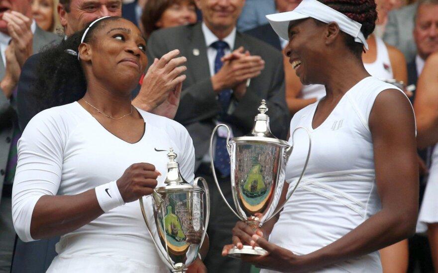 Vimbldono moterų dvejetų varžybas laimėjo amerikietės, vyrų – prancūzai