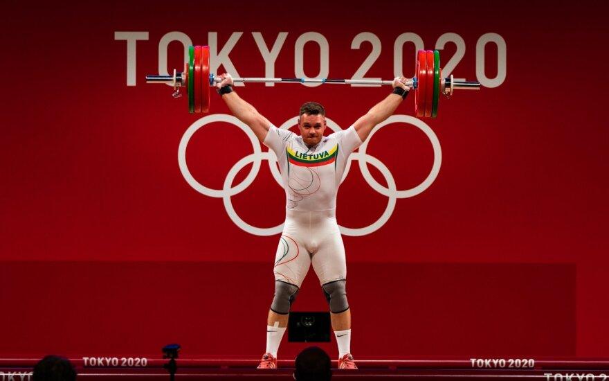 Arnas Šidiškis Tokijo olimpinių žaidynių sunkiosios atletikos varžybose