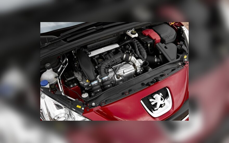 "Sandoris su ""Mitsubishi Motors"" neišspręs PSA koncerno problemų"