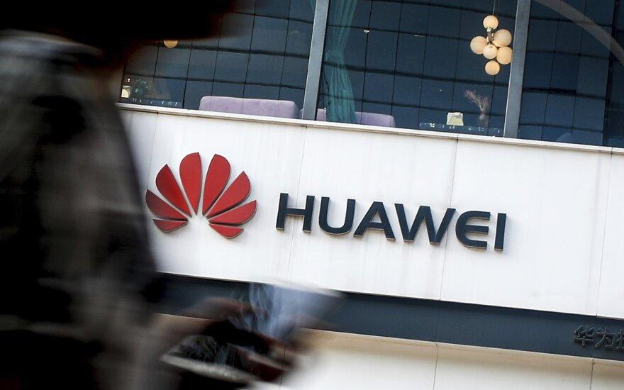 """ES neuždraus """"Huawei"""" veikti Europoje, tačiau taikys griežtas taisykles"""