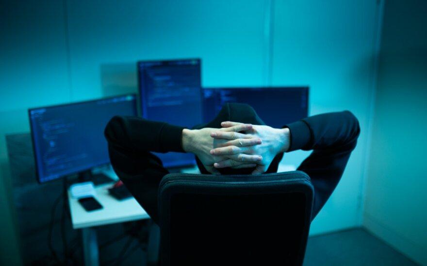 """Rusijos televizija """"Dožd"""" pranešė apie dvi savaites trukusias kibernetines atakas"""