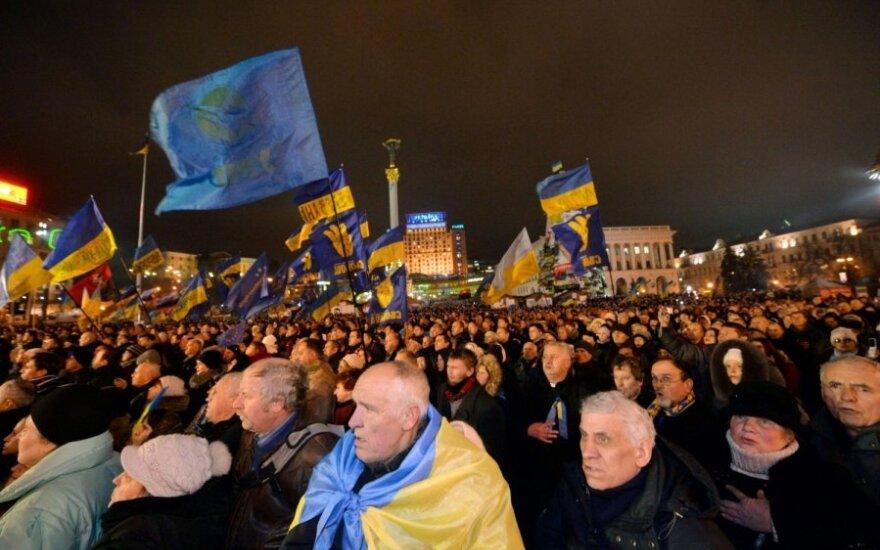 Rusai skaičiuoja fašistus Ukrainos opozicijoje