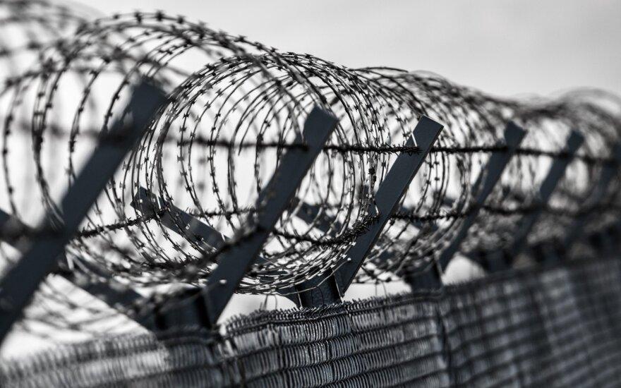 Ar išties mirties bausmė ir įkalinimas iki gyvos galvos atgraso nuo nusikaltimų darymo?