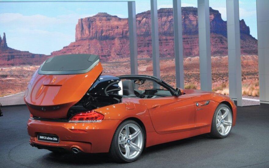BMW atšaukia 156 tūkst. automobilių