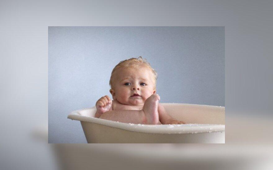 """9 kūdikius nudeginęs tirpalas neatitinka tirpalo """"Cutasept F"""" cheminės sudėties"""