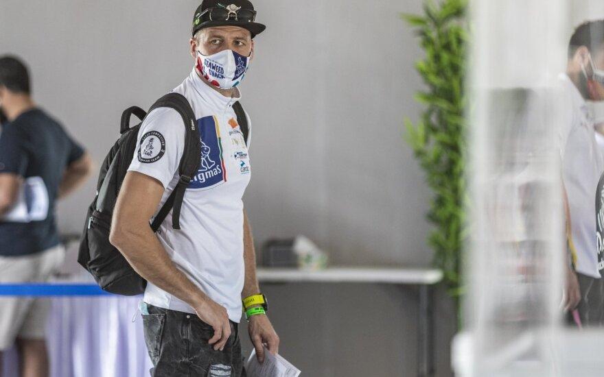 """Arūnas Gelažninkas """"Baja"""" varžybas Dubajuje baigė ligoninėje"""