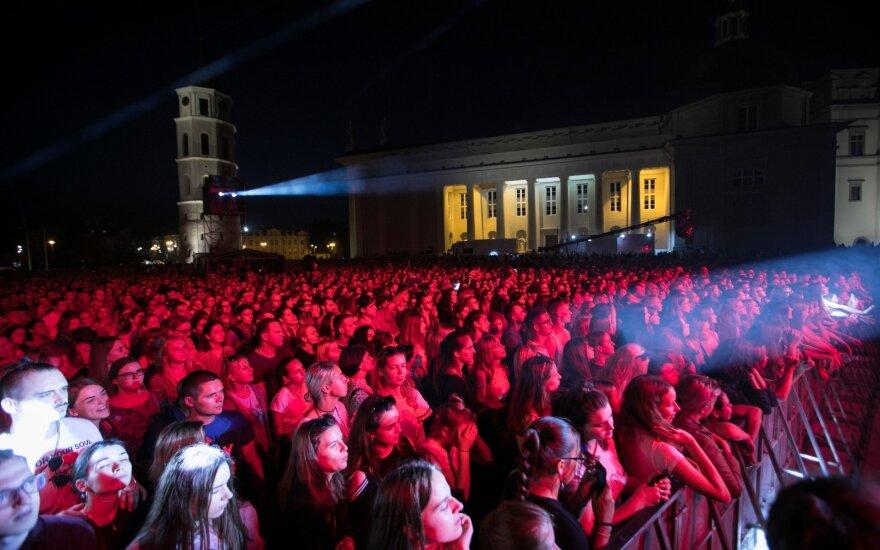 Vilniuje prasideda Sostinės dienos: pirmąjį vakarą vainikavo įspūdingas koncertas