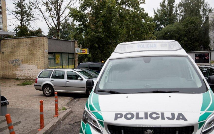 Plėšimas Vilniaus rajone: kaukėtas įsibrovėlis iš gyventojos bandė pavogti pinigus