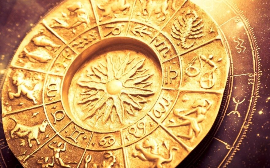 Astrologės Lolitos prognozė rugsėjo 26 d.: kontrastinga diena