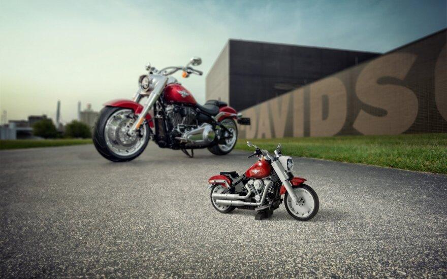 """Lego"" sukūrė ""Harley-Davidson Fat Boy"" motociklą"