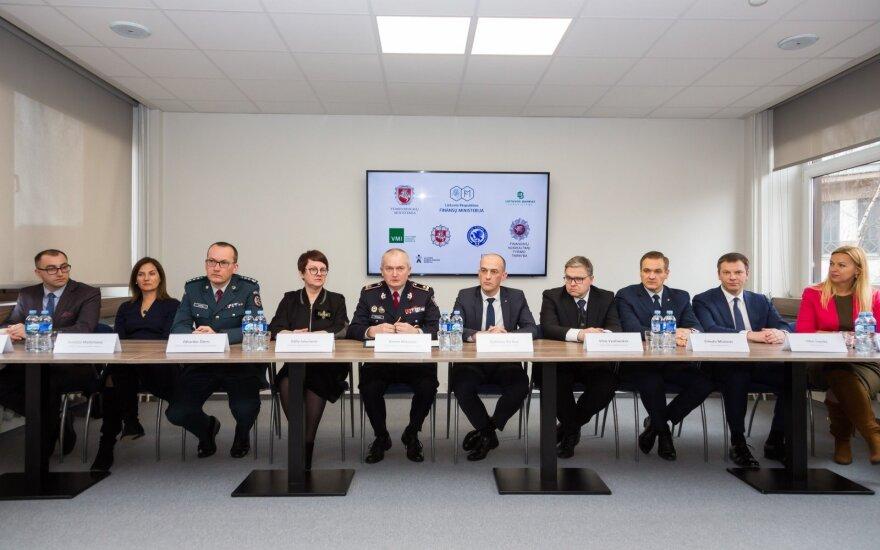 """Devynios valstybės institucijos vienija jėgas rizikų valdyme """"fintech"""" srityje"""