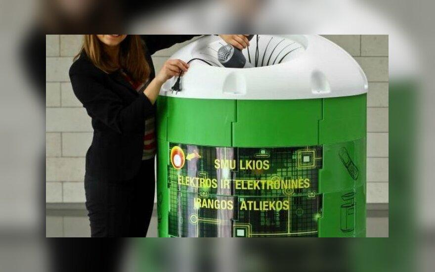 """Naujasis bendrovės """"EMP Recycling"""" konteineris elektroninėms atliekoms"""