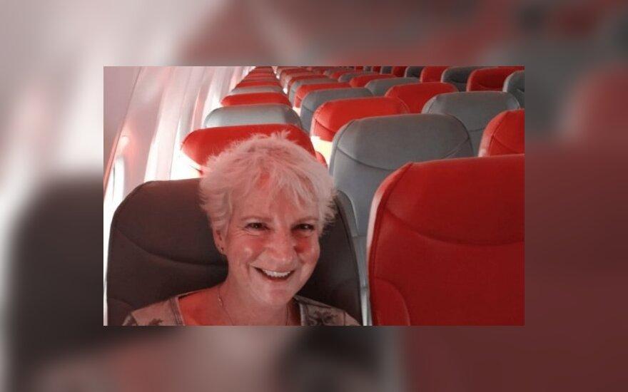 Išskirtinė kelionė: škotė gavo visą lėktuvą tik sau vos už 52 eurus