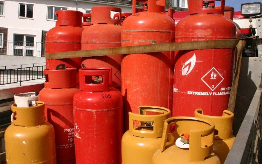 Daugiabučiuose laikyti dujų balioną nelegalu: teiks paramą norintiems jų atsisakyti
