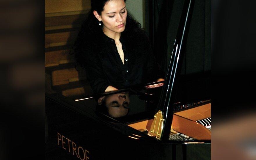 Pianistė Virginija Unguraitytė