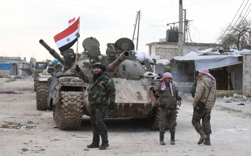 SOHR: Sirijos vyriausybinės pajėgos perėmė svarbaus greitkelio kontrolę