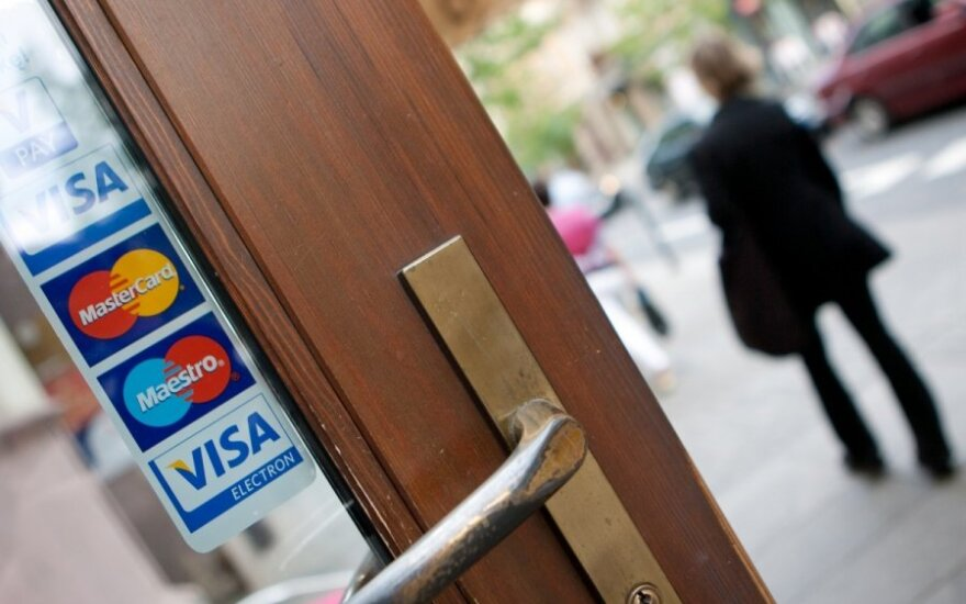 Kreditinė kortelė – tik sutikus sutuoktiniui