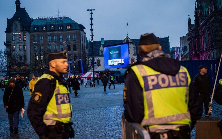 Švedijoje įvyko šaudynės: judrioje gatvėje nušautas paauglys, kitas vaikas – kritinės būklės