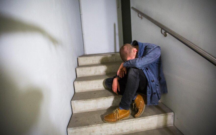 Lietuviai laužo tylos įžadus, tačiau apie šitą ligą kalbėti vengia iki šiol: kartais šalia tokio žmogaus yra pragaras