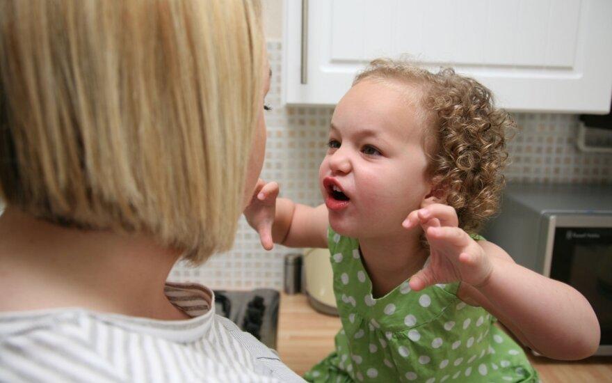 Vaikų depresija pasireiškia elgesio sutrikimais