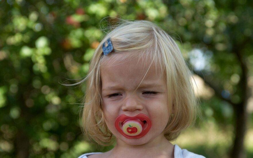 5 daiktai, kurių rekomenduojama atsisakyti: gali stabdyti ankstyvo amžiaus vaikų vystymąsi