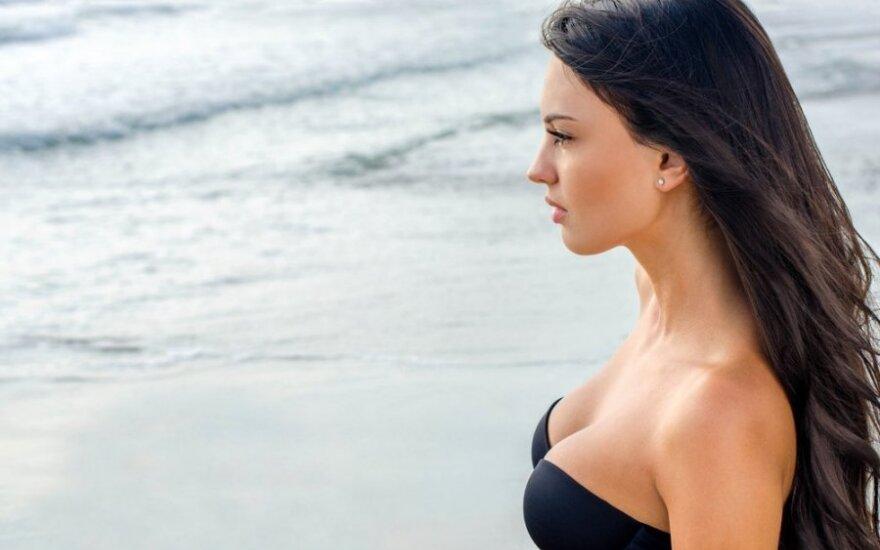 Ką vilkėti moterims, kad krūtinė atrodytų pritrenkiančiai